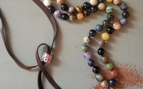 Pearl or gemstone knotting,  Learn how to knot jewelry.