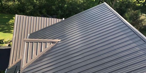 Residential metal roofing. Best metal roof contractor