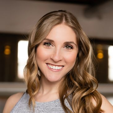 Lauren Finklestein   Yoga Barre   Philosophy Fitness   Essentrics