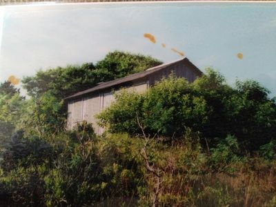 Photo taken in 1995 on Folly Point Rd.