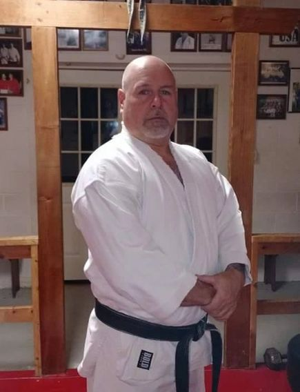 Shihan Mickey Heath. Instructor black belt. Isshinryu karate Jujitsu Jujitsu