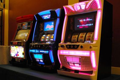 3 slot machines available for your casino night party.