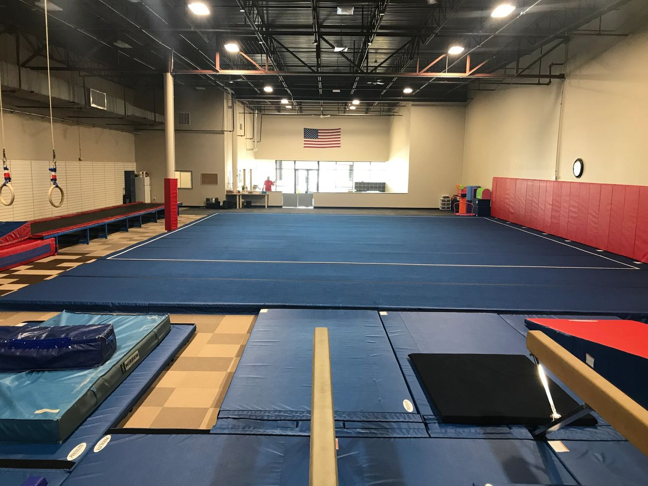 WELCOME TO SOUTHERN NEW HAMPSHIRE GYMNASTICS ACADEMY!