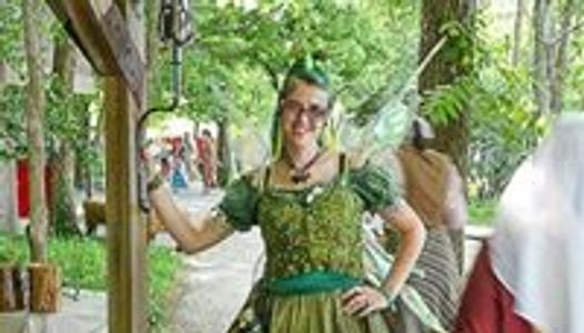 Green Faerie Apothecary sells only organic products made in small batches in a sterile environment.