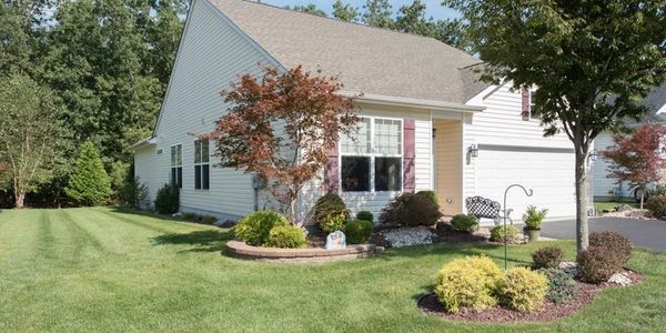 $379,000 Listing Broker: Shire Realty Inc  Office: 732-528-6560