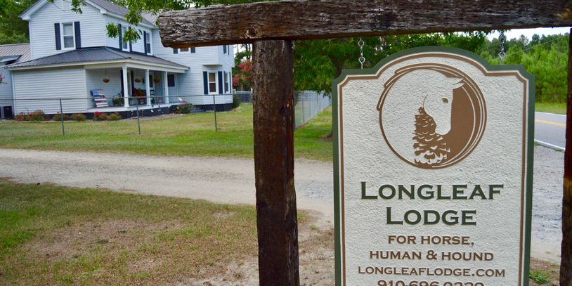 Longleaf Lodge is a horse, human, and hound boarding lodge and farm established in 2015.