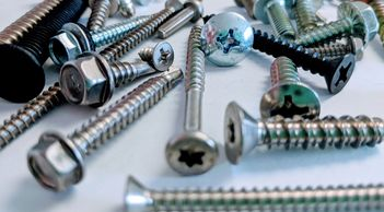 Wholesale Fasteners Distribution Screws