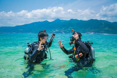 Learn to scuba dive with Water Sports in Toronto.