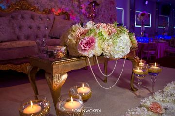 wedding Sweetheart Stage with floral centrepiece