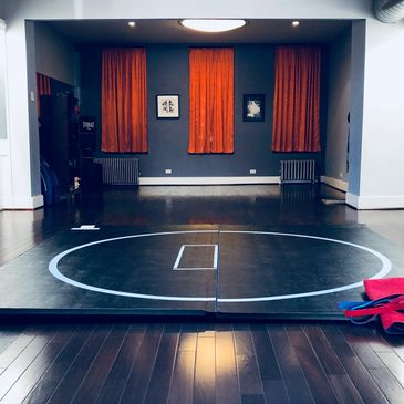 Shifu New York Shuai Jiao Chinese Wrestling Traditional Kung Fu Martial Art. Dojo/Kwoon/Mat Room