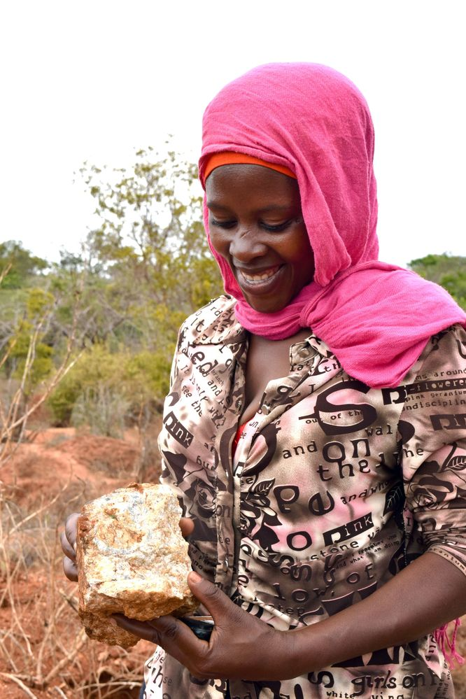 Hadijah shows her prospecting skills