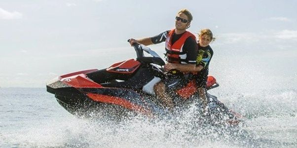 Lake Travis, Canyon Lake, Lake LBJ Austin. jetski groupon rentals Granger Lake jet ski rentals cheap