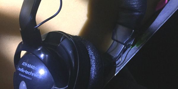 Audio-Technica ATH-M40fs Headphones - absolutely flat response. Beautiful!