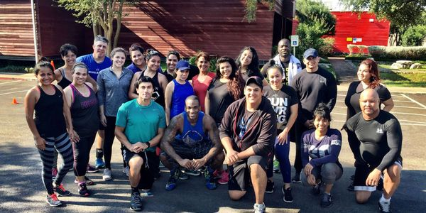 Lenny Walls Personal Trainer San Antonio. Walls Next Level Fitness. Group Class. Hustle Fit Camp.