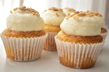 vegan coconut and semolina cupcakes with rosewater honey drizzle