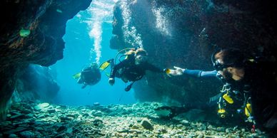 Dive sites: Little Grotto