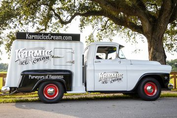 1958 Karmic Ice Cream truck rental