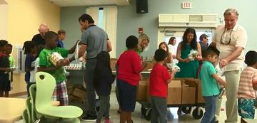 Palm Beach County Schools feed take home meals at summer sites with Living Hungry