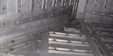 Exhaust duct liner, exhaust plenum, plenum assembly