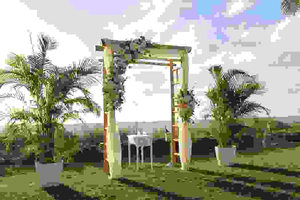 Wedding at Naples Beach Hotel and Golf Club