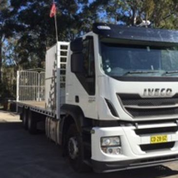 Jethro: the 12 tonne truck - hurricane service - hot shot courier - general freight service