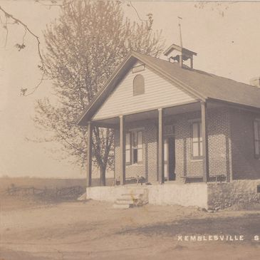 An old postcard of the Kemblesville School.