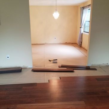 House Md installs all kinds of floors Hardwood, laminate vinyl, and tile.