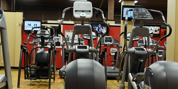 Largest 24 Hour Gym Watertown SD with weight room cardio hydromassage redlight therapy inbody scans