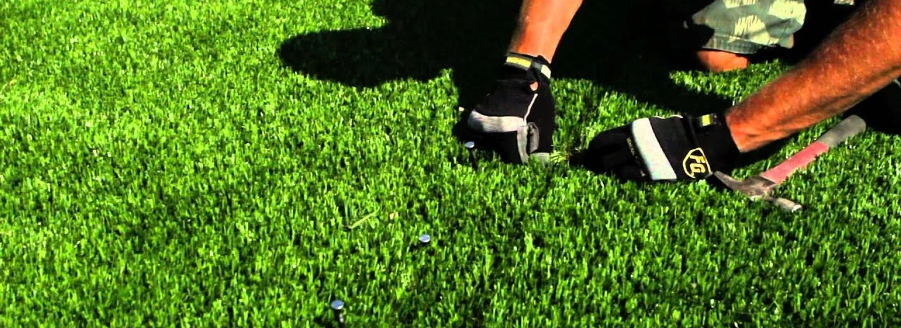 Artificial grass, synthetic turf, installation, putting green, golf, astro turf,
