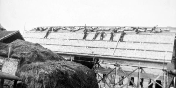 Construction of the original Barn of Linsmeier Brothers