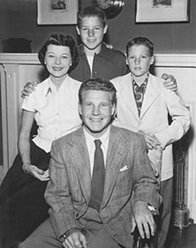 Ozzie and Harriet Nelson Family (1952)