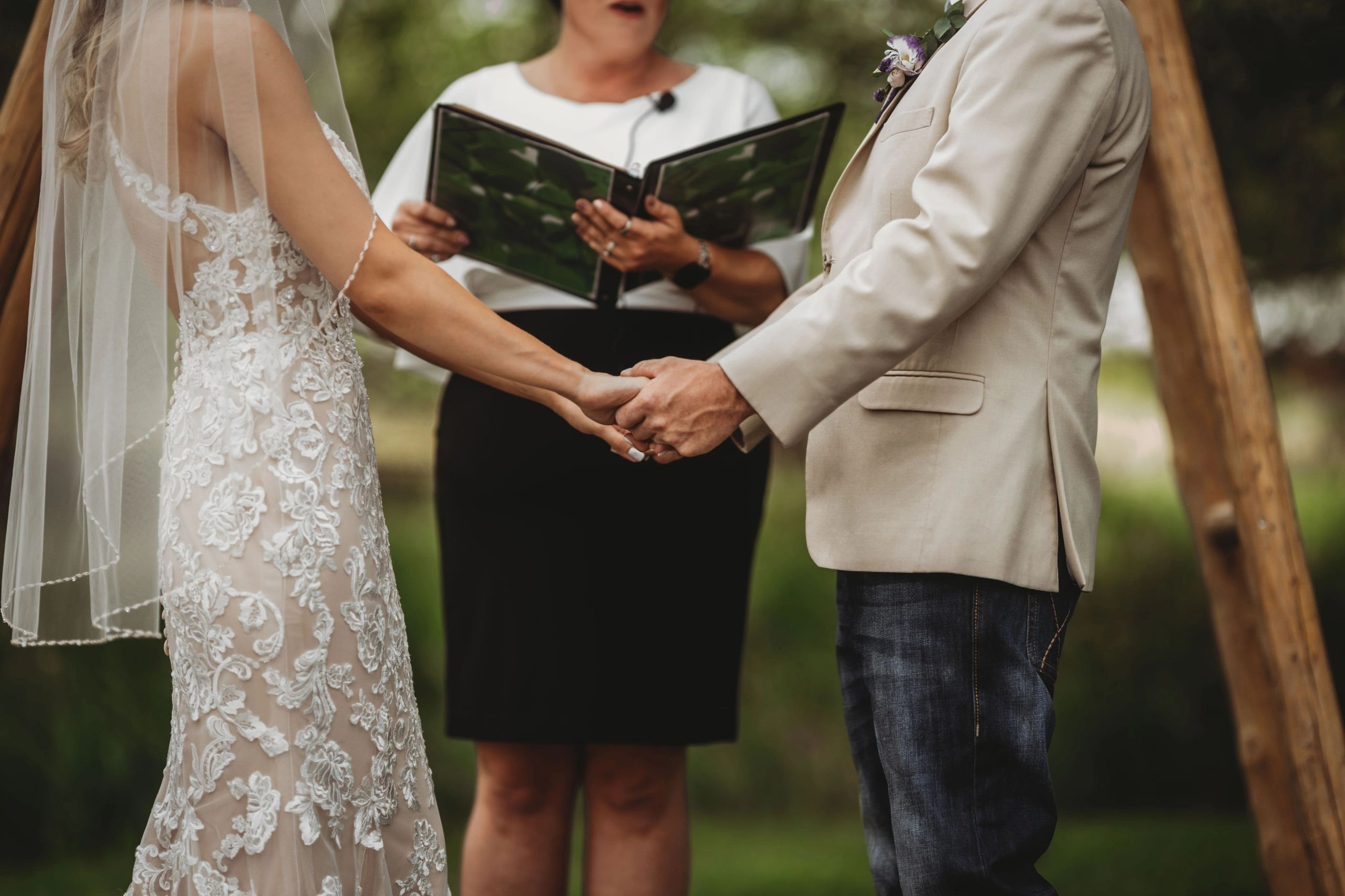Wedding officiant, officiant, Dreamwolf Productions