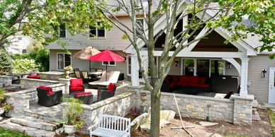 Beautiful Outdoor Living space in Campton Hills 60175
