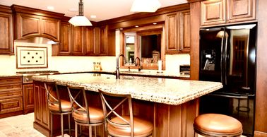 Traditional Kitchen Remodel in Geneva 60134