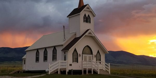 Wedding venue with chapel, yards, cabins and pavilion. The perfect place for your Montana wedding.
