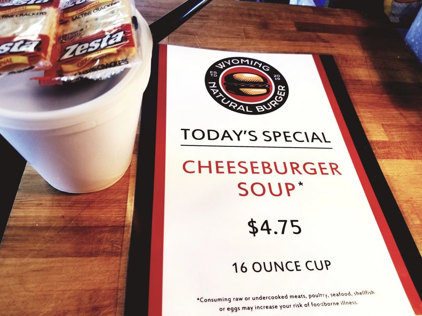 DAILY SOUP SPECIALS: CHILI, CHEESEBURGER, BROCCOLI & CHEESE, TOMATO BISQUE AND HAM & BEAN