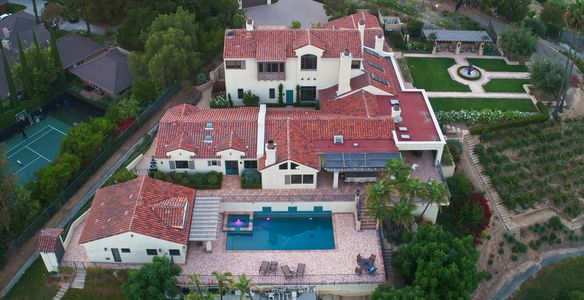 Drone Photography of a beautiful home in Orange County, CA