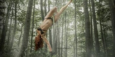 Artistic pole in Cleveland, Ohio. Pole dance classes for beginners.
