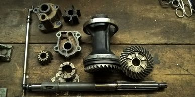 outboard engine gearbox parts