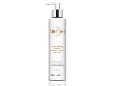 A gentle yet seriously effective pH balanced cleanser for acne-prone skin.