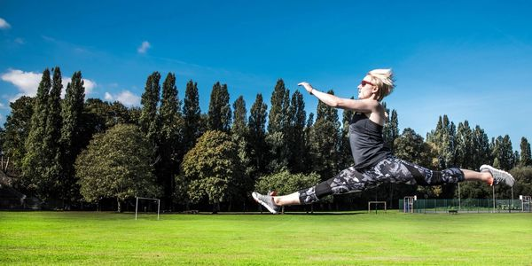Leap, Personal training London, Jodie Standish, jump, exercise, fun, outdoors, standfit and healthy