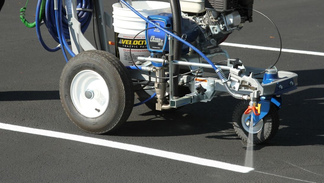 LINE STRIPING   USA SERVICES SEALCOATING