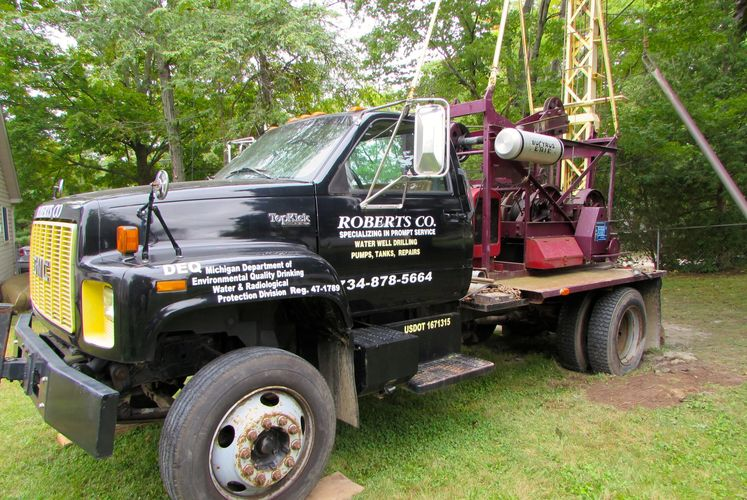 Roberts Company well drilling equipment and services.