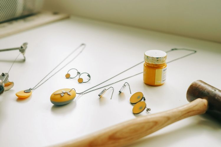Contemporary jewellery handcrafted in Exmouth Devon.