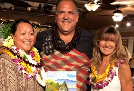 Mayor Bernard Carvalho, Lahela  Correa and Ann Hettinger fundraiser for the Aloha Book at Tahiti Nui