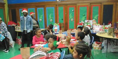 PS 676 Holiday Giveaway