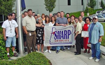 TYCO Electronics 2005 Employee Safety Committee and receives the OSHA SHARP Award from Oregon OSHA