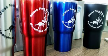 20oz vacuum insulated stainless steel stress free moose travel mug