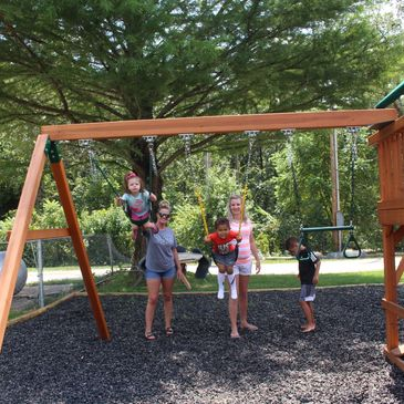 Mission Gate works to unite mothers and children. The families thrive in our fresh outdoor setting.