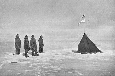 Roald Amundsen, Helmer Hanssen, Sverre Hassel and Oscar Wisting at the South Pole